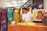 Rencontre avec une créatrice de peintures sur l'áo dài