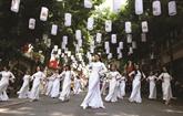 L'áo dài au coeur de la culture vietnamienne