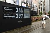 À Tokyo, réjouissances discrètes à un an des JO, menacés par le virus