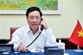 Conversation téléphonique entre les chefs de la diplomatie Vietnam-R. de Corée