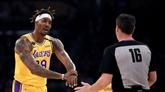 Les Lakers se reprennent, les Bucks enchaînent