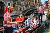 Les restrictions se multiplient, la pandémie saigne à blanc le tourisme mondial