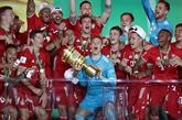 Le Bayern se balade en finale de Coupe et rêve désormais de triplé