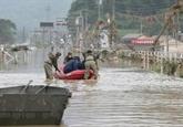 Deux morts et 16 décès présumés dans des pluies diluviennes au Japon