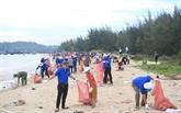 Àl'estuaire de Sa Cân, les bénévoles font le grand ménage