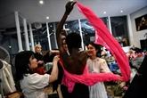 À Paris, la mode virtuelle cherche un nouveau langage à l'époque du COVID