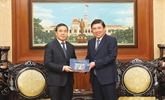 Renforcement des relations avec les localités laotiennes et hongroises