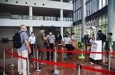 Dà Nang soutient le transport des touristes bloqués