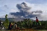 Alerte aérienne après une nouvelle éruption du Sinabung