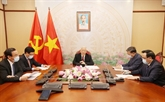 Le leader Nguyên Phu Trong s'entretient avec son homologue lao Bounnhang Vorachith