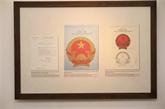 Les croquis de l'emblème national par Bùi Trang Chuoc exposés à Hanoï