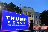 Show Trump à la Maison Blanche dans une Amérique à fleur de peau