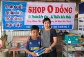 Une boutique sans argent destinée aux élèves défavorisés