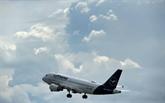 Lufthansa voit les turbulences durer et menace de licencier