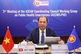 Le vice-ministre des AE Nguyên Quôc Dung participe à des réunions de l'ASEAN