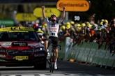 Tour de France : Marc Hirschi remporte la 12e étape, Roglic reste en jaune