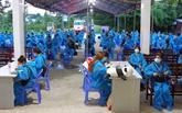 COVID-19 : plus de 360 Vietnamiens rapatriés de Singapour