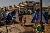 Le gouvernement grec accuse des migrants d'avoir