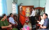 Vœux des autorités d'An Giang à la fête de Sen Dolta