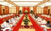 Le politburo travaille avec la permanence du Comité du Parti de Hanoï
