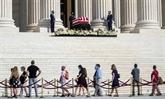 À Washington, hommages à la juge Ruth Bader Ginsburg