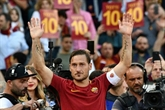 Italie : Totti au chevet d'une jeune femme sortie du coma en l'écoutant