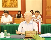 Le Bureau politique travaille avec la permanence du Comité du Parti de Hô Chi Minh-Ville