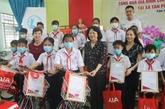 La vice-présidente de la République rend visite aux bénéficiaires des politiques à Tiên Giang
