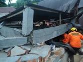 Au moins trois morts, un hôpital effondré après un séisme en Indonésie