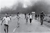 Un photographe de la guerre du Vietnam reçoit la Médaille nationale des arts des États-Unis