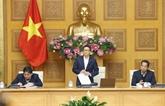 Renforcer la lutte contre le COVID-19 à l'approche du XIIIe Congrès national du Parti