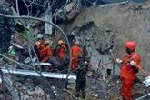 Les sauveteurs cherchent des survivants du séisme de Célèbes