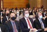 Informer les diplomates étrangers sur le XIIIe Congrès national du Parti