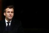 Emmanuel Macron présente un