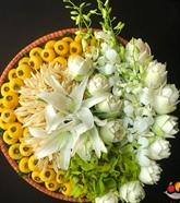 Les gardiennes des fleurs de culte à Hanoï