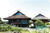 Le khau cút, symbole décoratif des maisons des Thai noirs