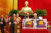 Les délégués votent pour les membres du Comité central du Parti