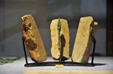 La collection de moules de flèches en pierre de Cô Loa reconnue