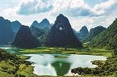 La région de la montagne percée à Cao Bang