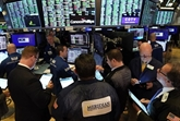 Wall Street termine en baisse, le Congrès et les résultats d'entreprises inquiètent