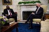 En recevant Kenyatta, Biden annonce de nouveaux dons de vaccins pour l'Afrique