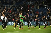 Ligue 1 : Paris SG s'impose encore sur la fin
