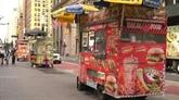 À New York, la reprise se fait attendre pour Abdul Rahman et son café ambulant