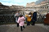 L'Italie assouplit ses restrictions, le Colisée rouvre au public