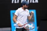Open d'Australie : le 114e mondial Aslan Karatsev en demi-finales en battant Dimitrov, diminué