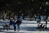 États-Unis : la vague de froid se poursuit, les coupures d'électricité aussi