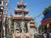 Thai Binh ferme tous les sites touristiques et établissements religieux