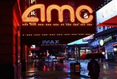 Fermés pendant un an, les cinémas autorisés à rouvrir à New York