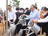 Le PM lance le programme de plantation d'un milliard d'arbres