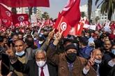 Crise politique en Tunisie : le principal parti mobilise ses partisans dans la rue